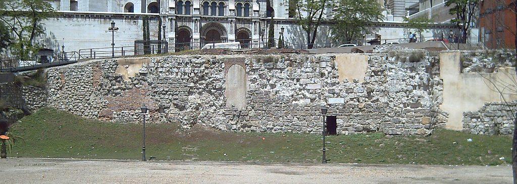 Muralla-árabe-de-Madrid