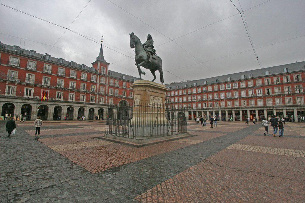 Plaza-Mayor-de-Madrid