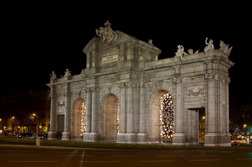 Qu ver en madrid sitios tur sticos monumentos y museos for Sitios turisticos de madrid espana