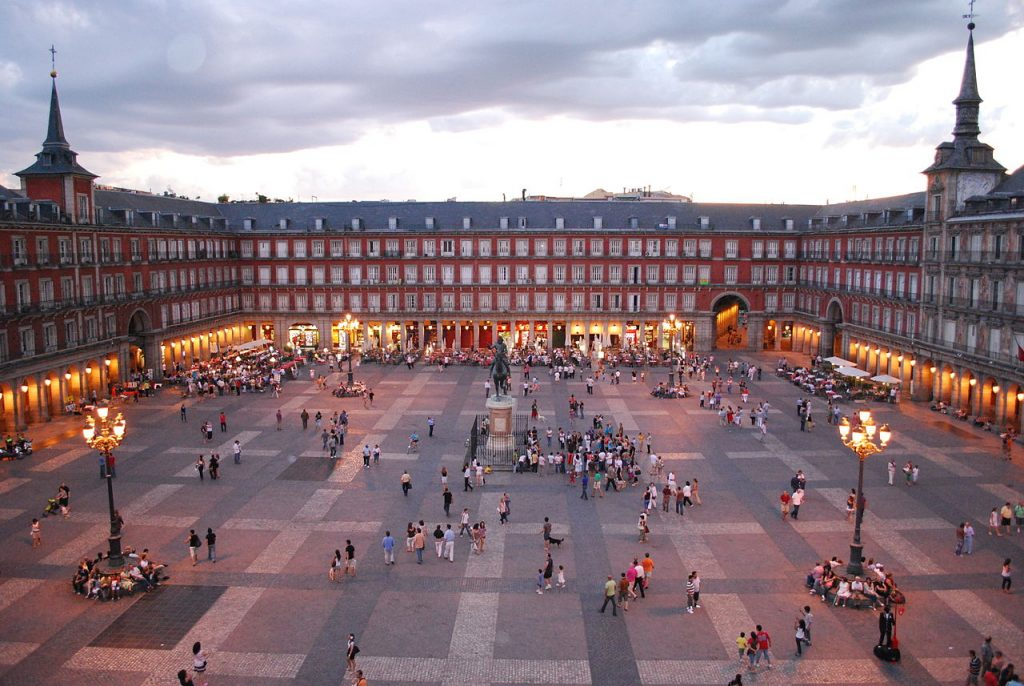 Vista-de-Plaza-Mayor-de-Madrid