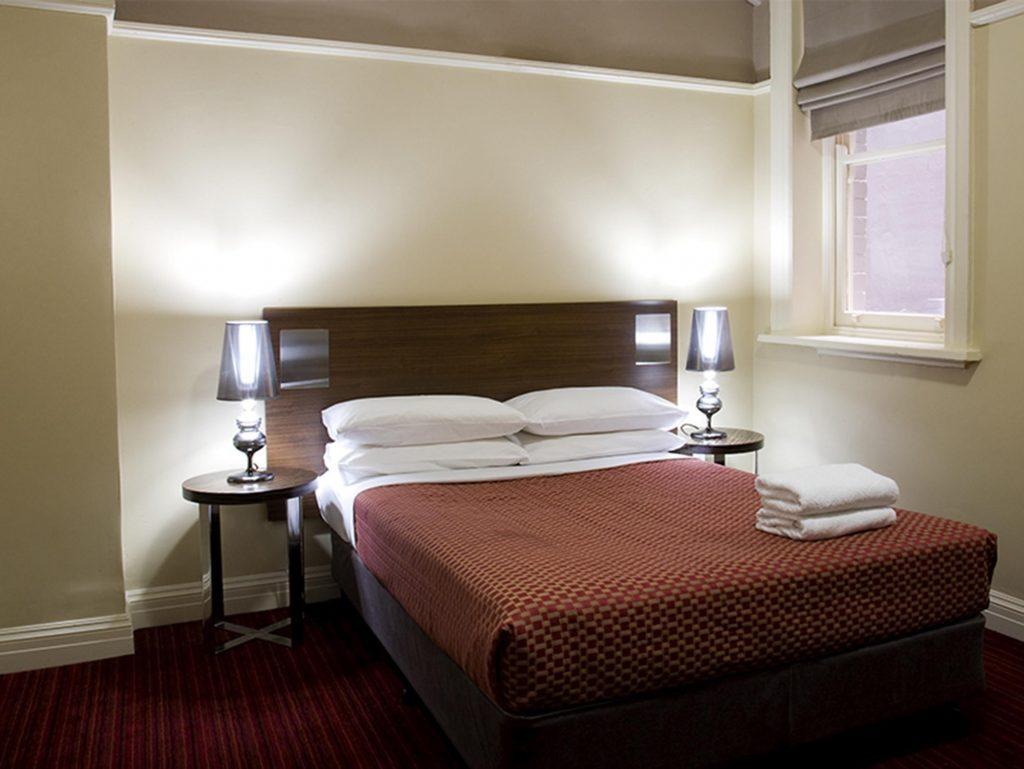 Interior-del-hotel-Springfield-Lodge