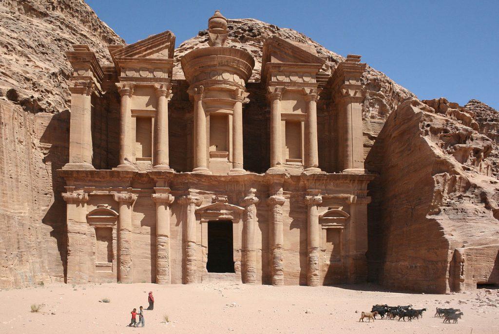 Deir-El-Monasterio-Petra