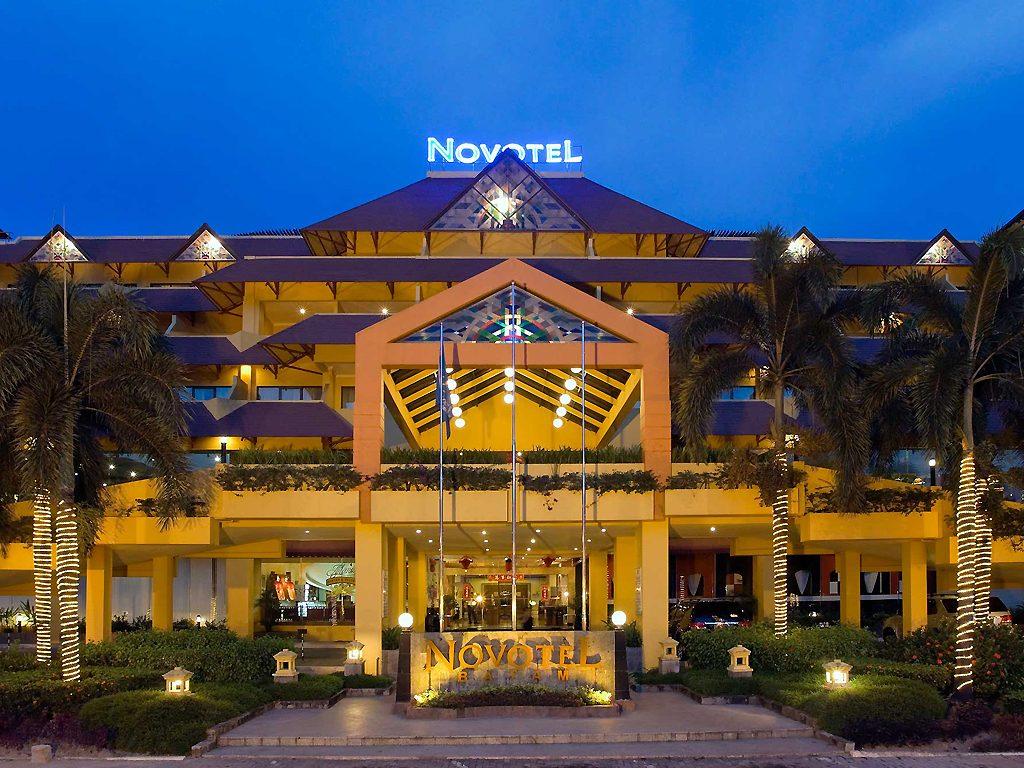 Frontis-del-hotel-Novotel
