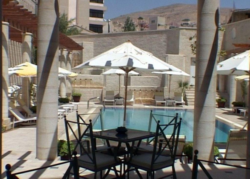 Hotel-Movenpick-Resort-Petra