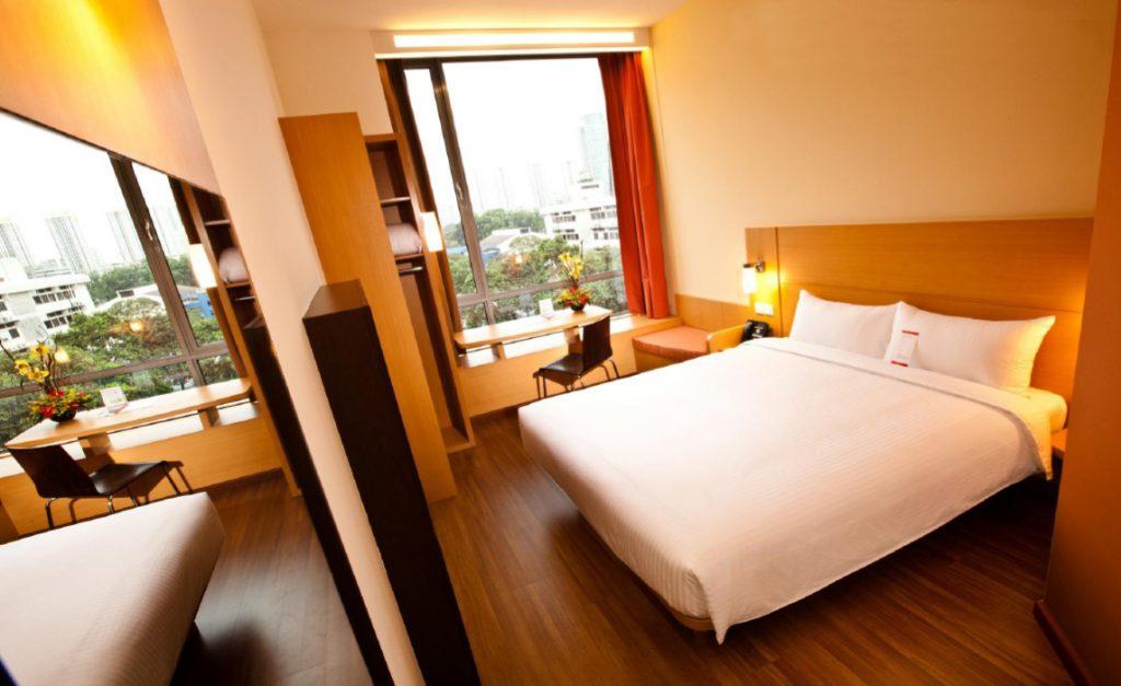 Interior-del-hotel-Ibis