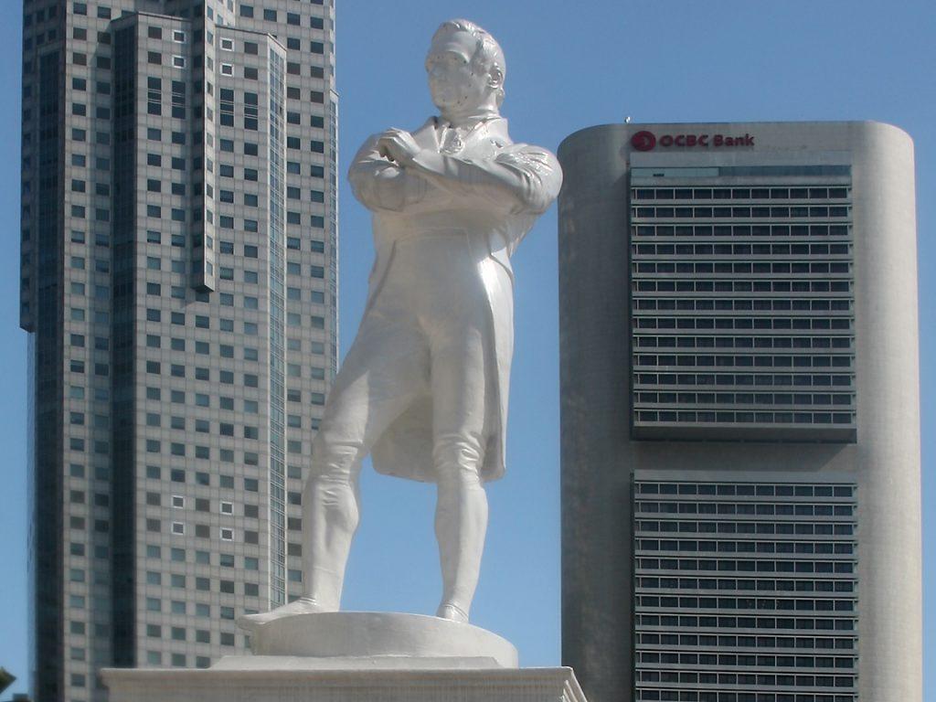 Monumento-a-Thomas-Stamford-Raffles
