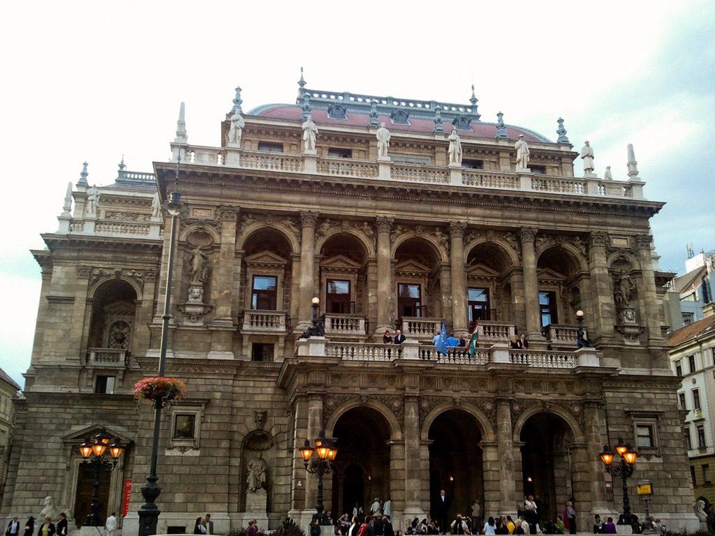 Opera-de-Budapest-1