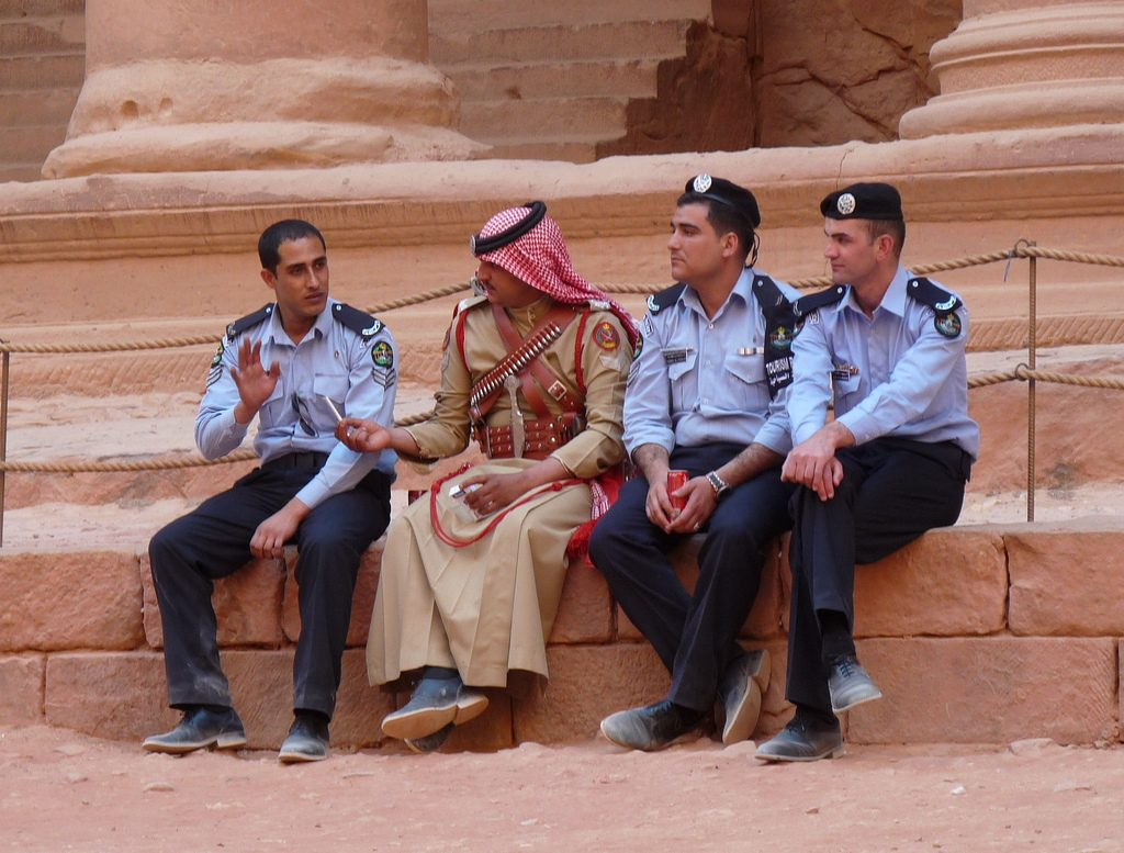 Policia-en-Petra