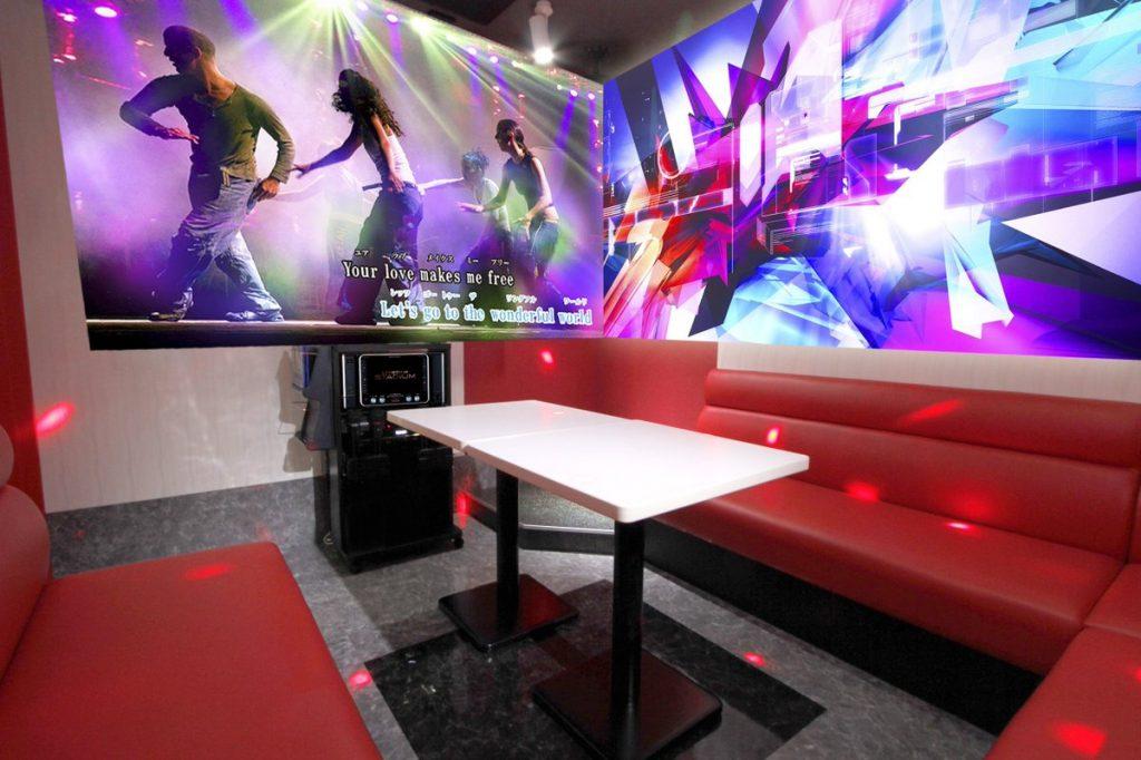 Sala-interior-de-karaoke
