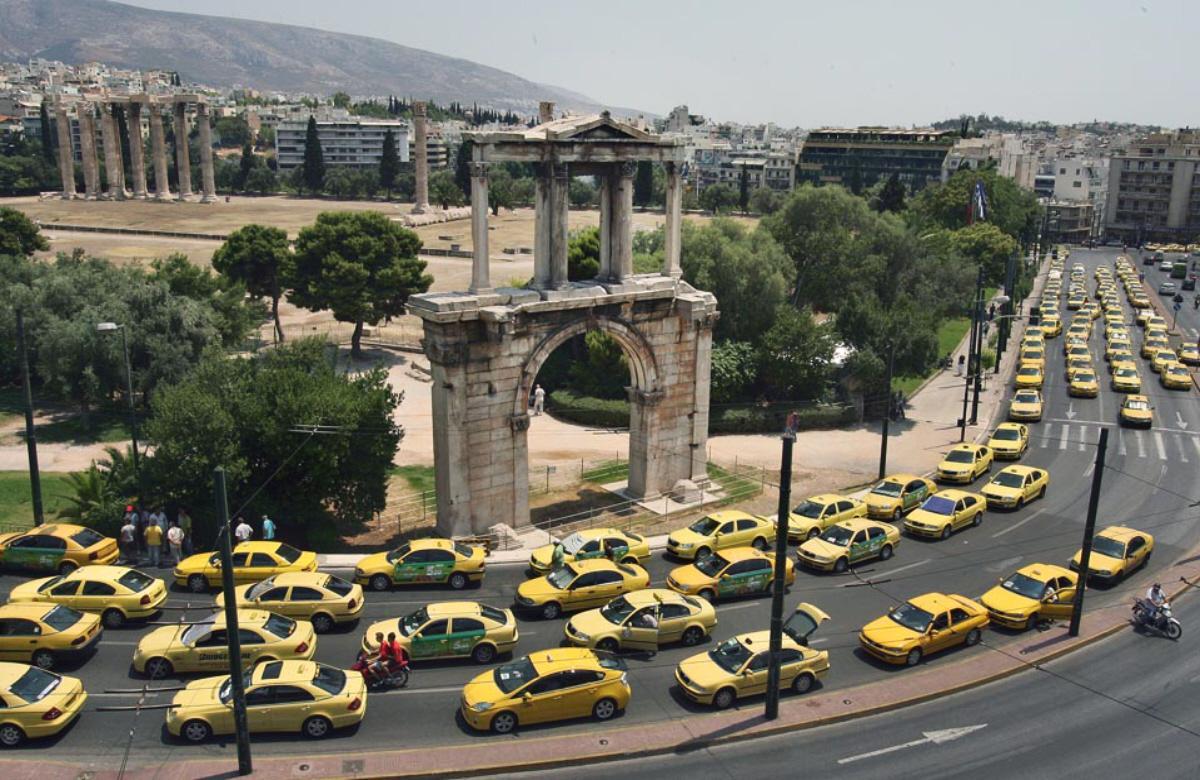 ¿Dónde hay un taxi en Milán?