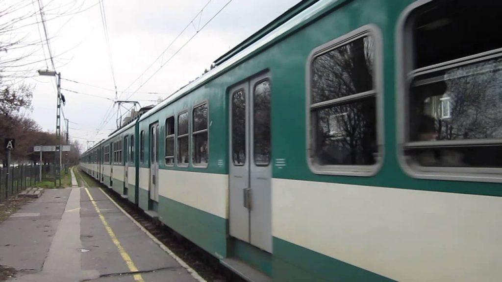 Tren-HEV-en-Budapest