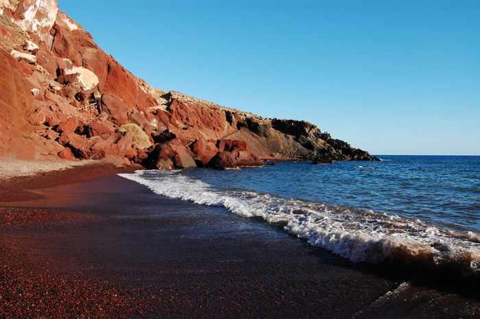 Red-Beach-Santorini-photo-shared-on-Onar-villas-Facebook-page